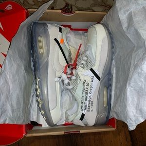 UA off white 90